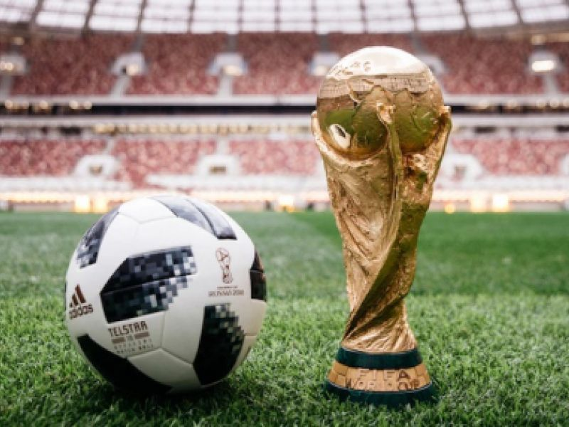 A infantil beleza da Copa do Mundo