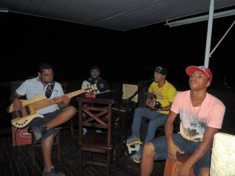 D2 e Jr.N fazem a festa em Penedo durante o final de semana