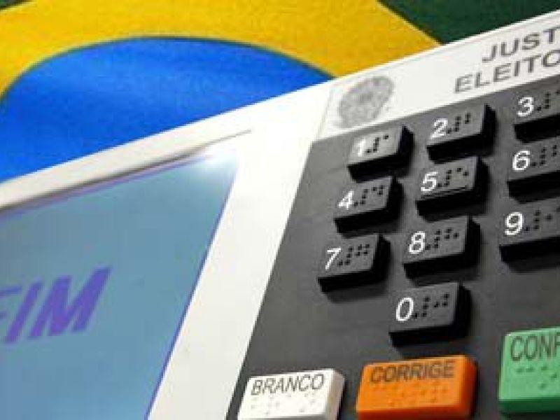PEC que prevê eleição direta por vacância na presidência da República será analisada na terça-feira