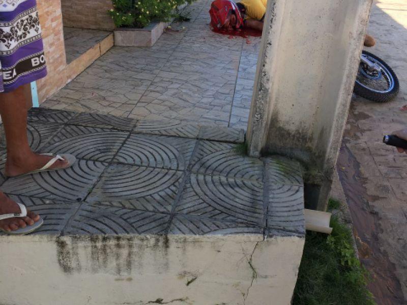 Homem é executado na porta de casa em loteamento da parte alta de Penedo