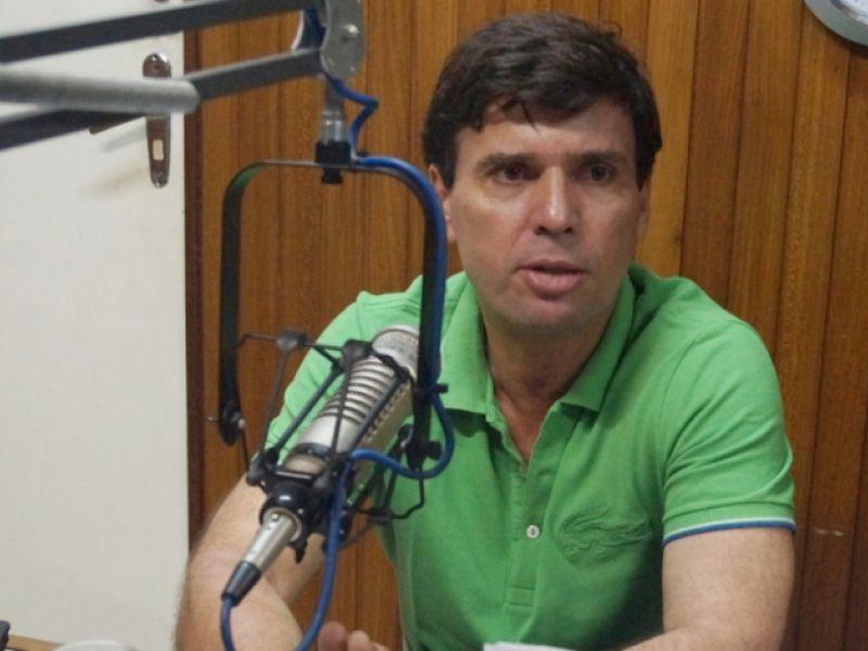 Prefeito de Penedo anuncia reajuste de 7,64 % para professores da rede municipal