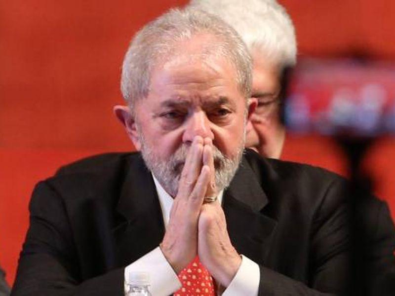 Moro condena Lula a nove anos e seis meses de prisão no caso triplex