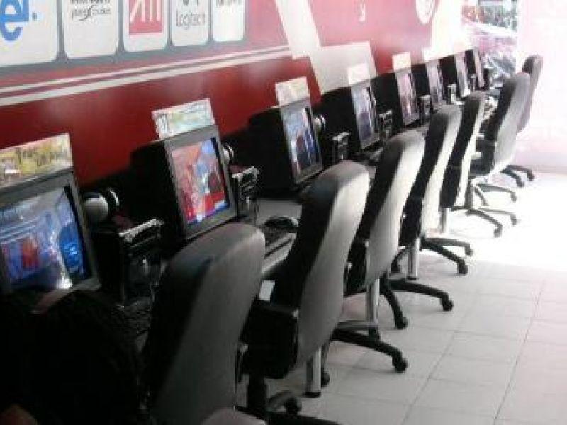 Aprovado projeto que cria novas regras para funcionamento de lan houses e cybercafés