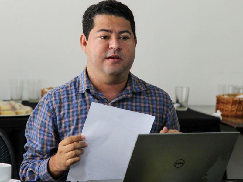 Para não faltar água encanada em Penedo, SAAE deve instalar flutuantes de captação