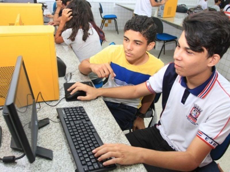 Educação oferta cursos técnicos em 35 escolas estaduais