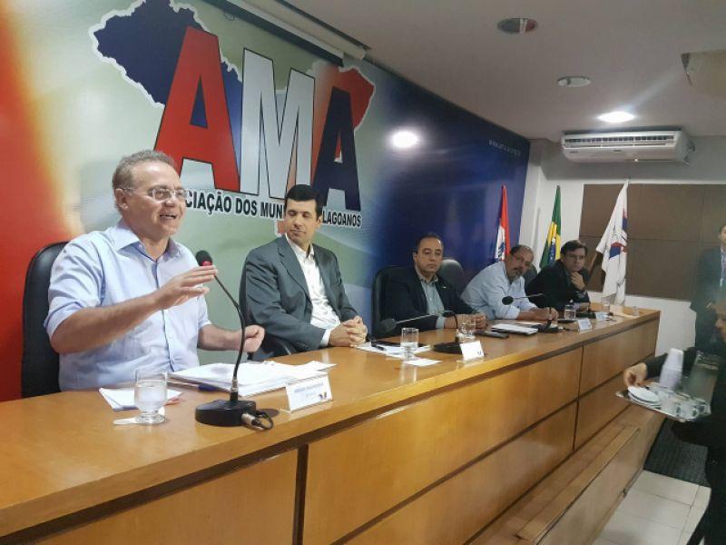 Na AMA, Renan reforça seu compromisso com a pauta municipalista