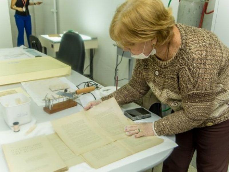 Alagoas inaugura um dos mais modernos laboratórios de restauração de documentos