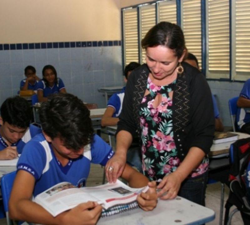Seduc divulga 4ª convocação para professores temporários e auxiliares de sala