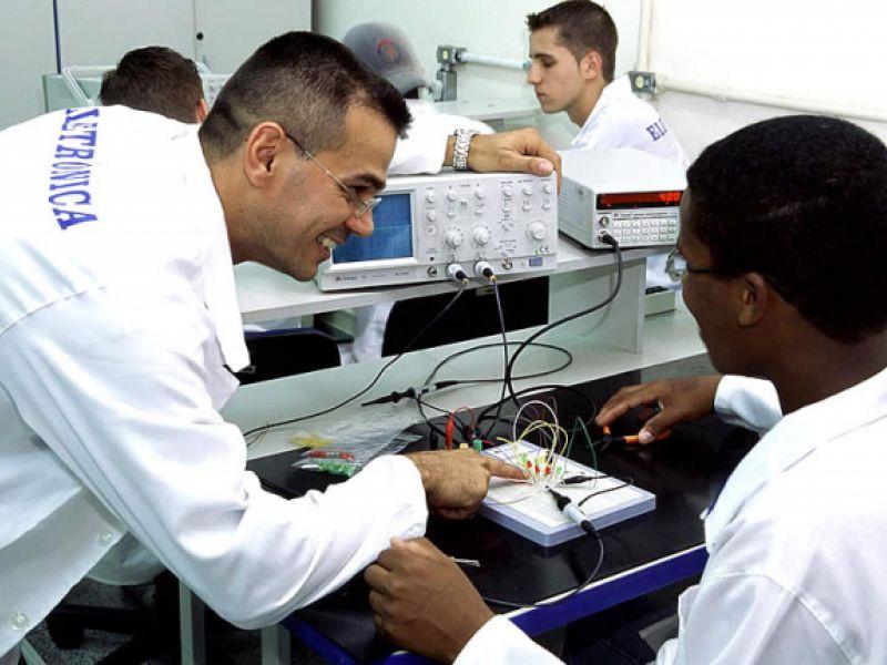 Pronatec oferta novas vagas para cursos gratuitos em Penedo e em outros municípios