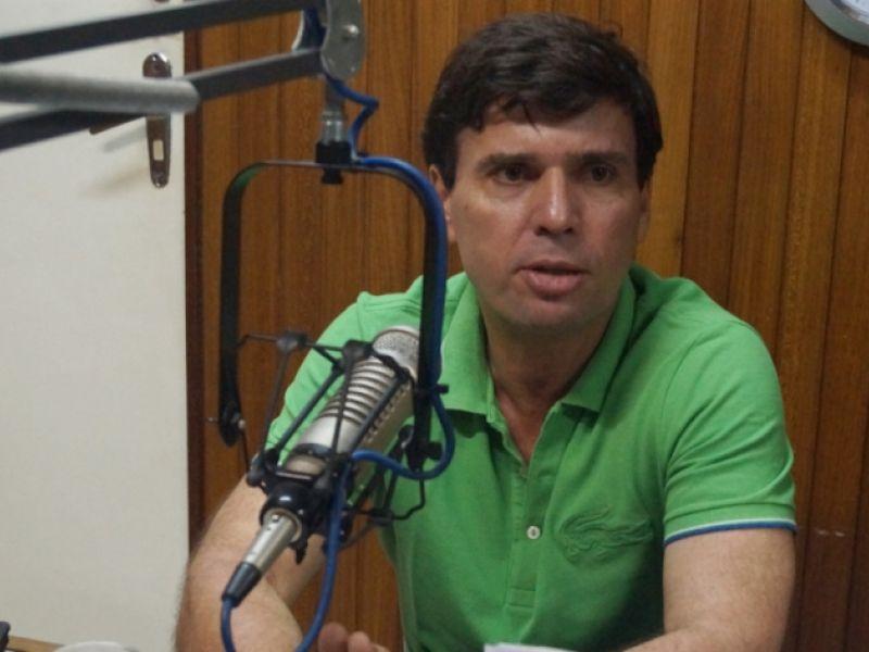 """Március Beltrão pede licença da Prefeitura de Penedo para cumprir """"missão internacional"""""""
