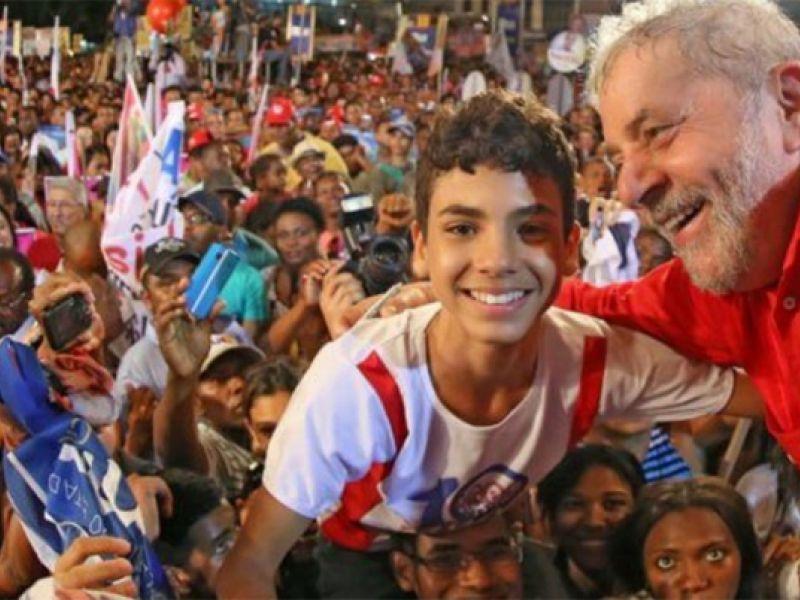 Partido dos Trabalhadores reúne filiados e militância para discutir visita de Lula a Penedo