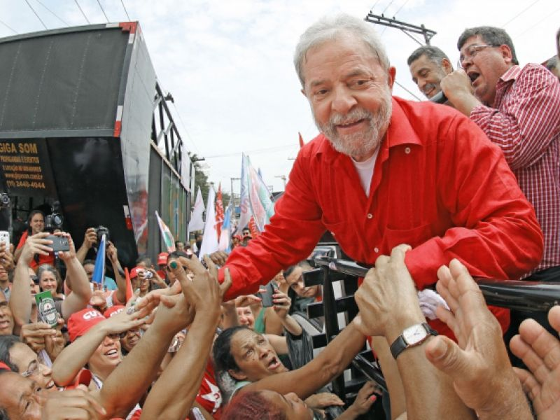 Ex-presidente Lula chega a Penedo nesta terça-feira (22) e discursará para o povo ribeirinho