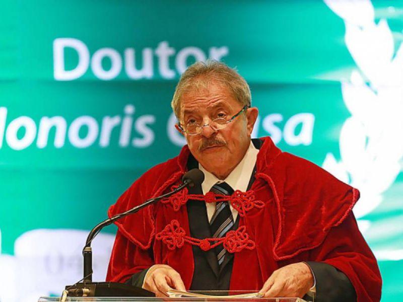 Juiz alagoano indefere ação popular e homenagem ao ex-presidente Lula está mantida