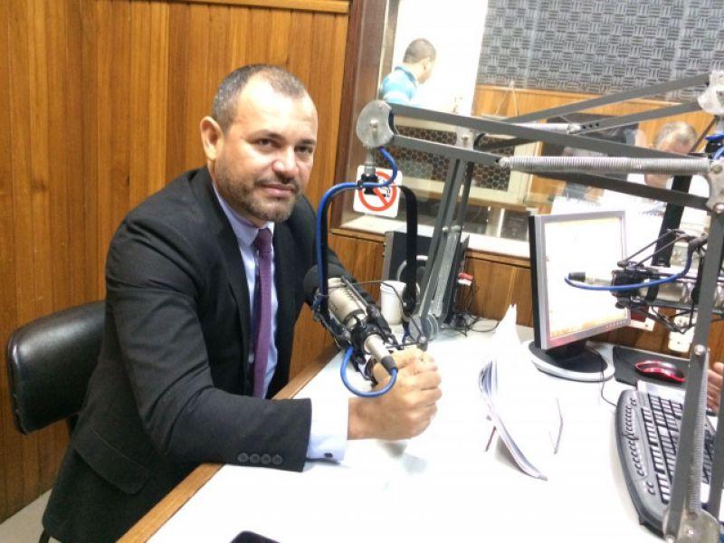 Presidente Cidário anuncia assinatura de TAC que garante funcionamento do matadouro de Igreja Nova