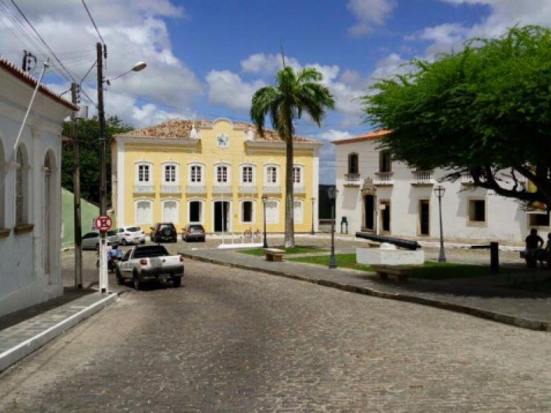 Prefeitura de Penedo divulga edital para seleção de profissionais de diversas áreas