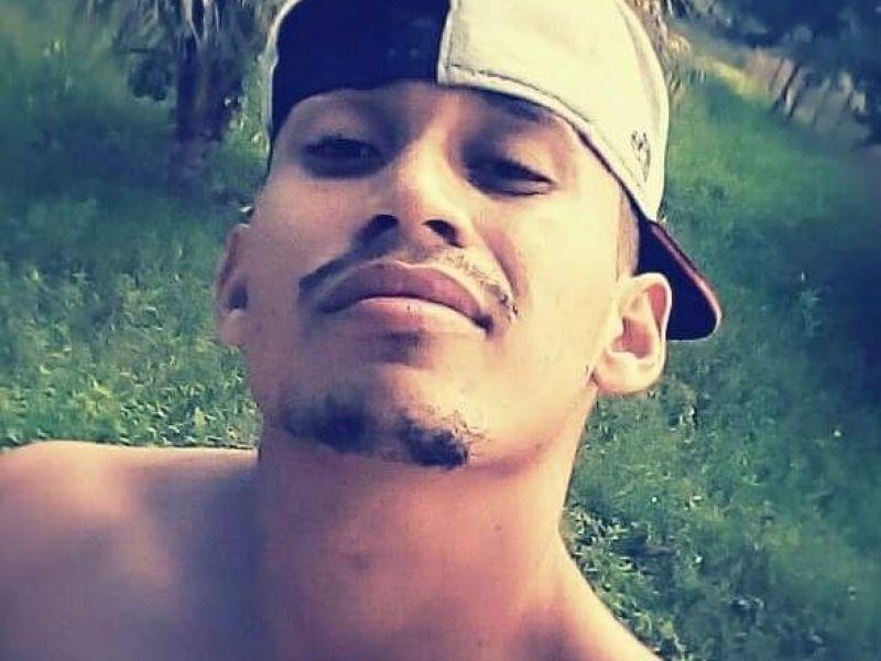 Corpo de jovem que foi assassinado no RJ chega a Alagoas neste sábado, 23