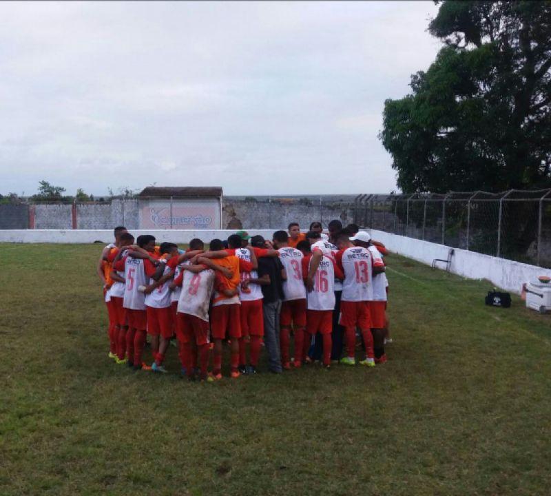 Penedense massacra o São Domingos no Estádio Alfredo Leahy