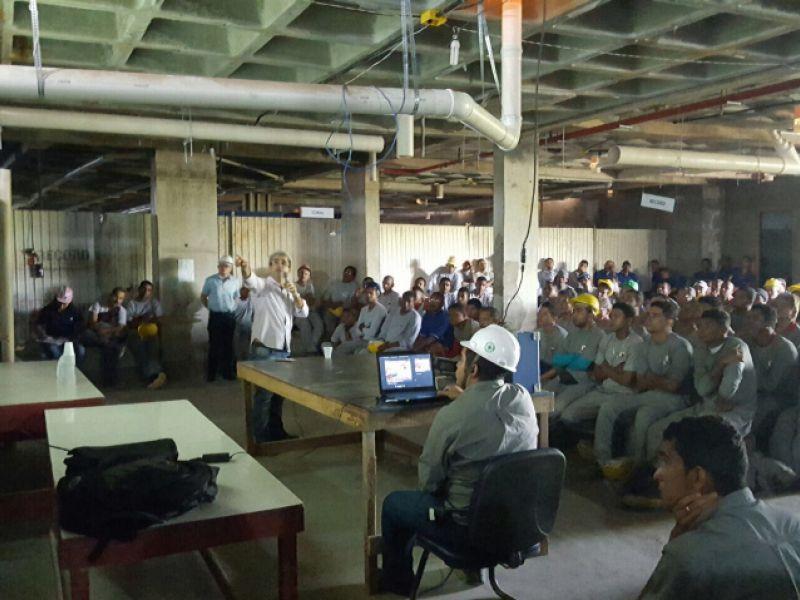 Canteiros de obras recebem palestras sobre segurança do trabalho