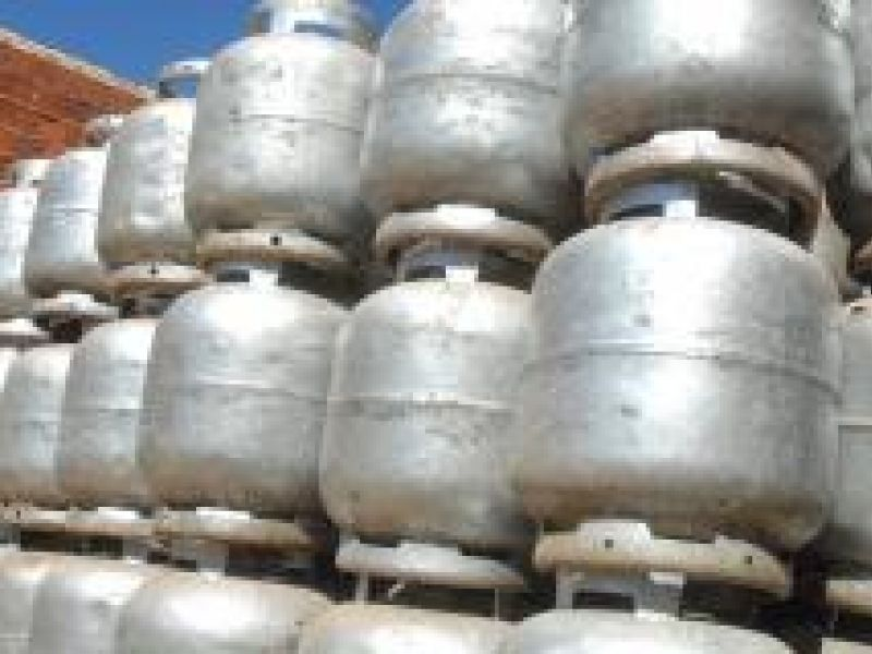 Gás de botijão leva prévia da inflação oficial a 0,34% em outubro, diz IBGE