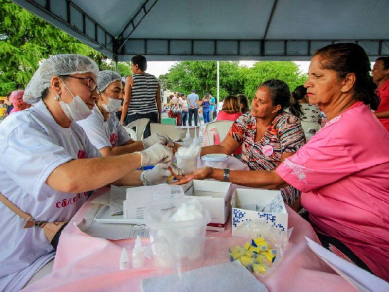 Maceió Rosa estimula ações de prevenção ao câncer de mama