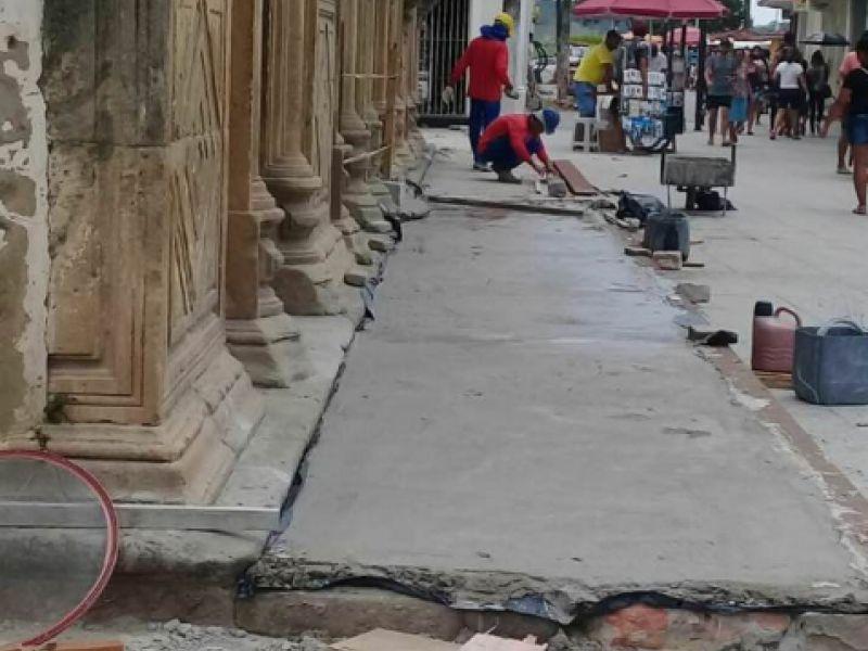 Fiscal do IPHAN esclarece colocação de cimento em pedras da Igreja São Gonçalo no Centro de Penedo