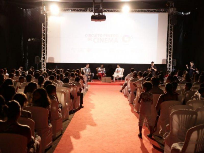 Primeiro dia da Mostra Velho Chico de Cinema Ambiental lota Sala de Exibições