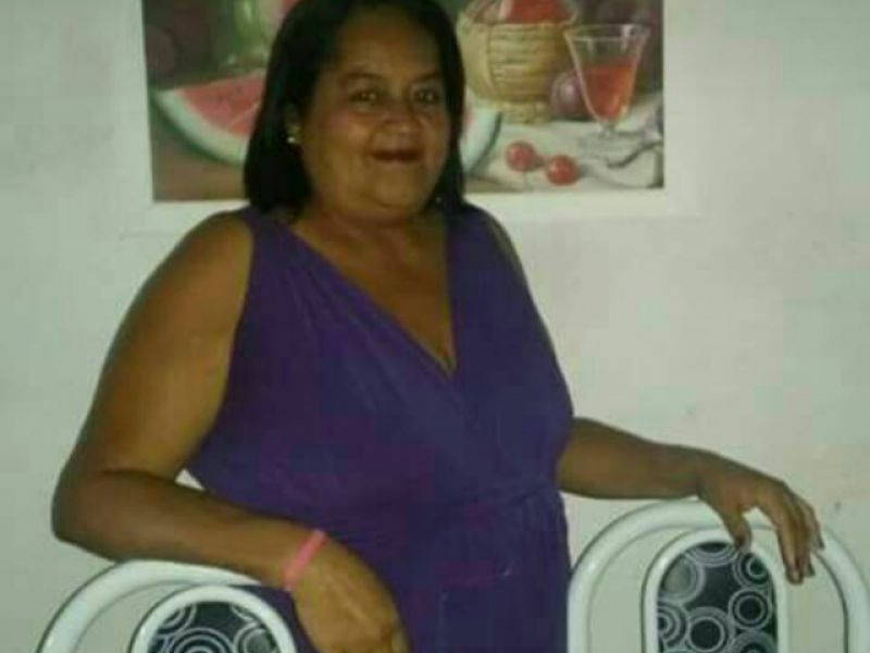 Professora penedense bastante conhecida e querida morre vítima de infarto em Penedo