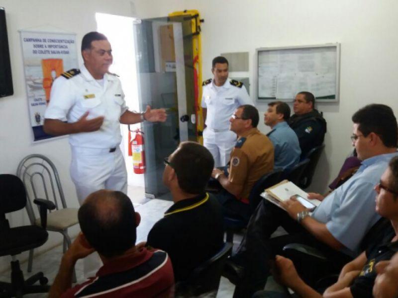 Marinha repassa medidas de segurança na água para comunidades que festejam Bom Jesus dos Navegantes