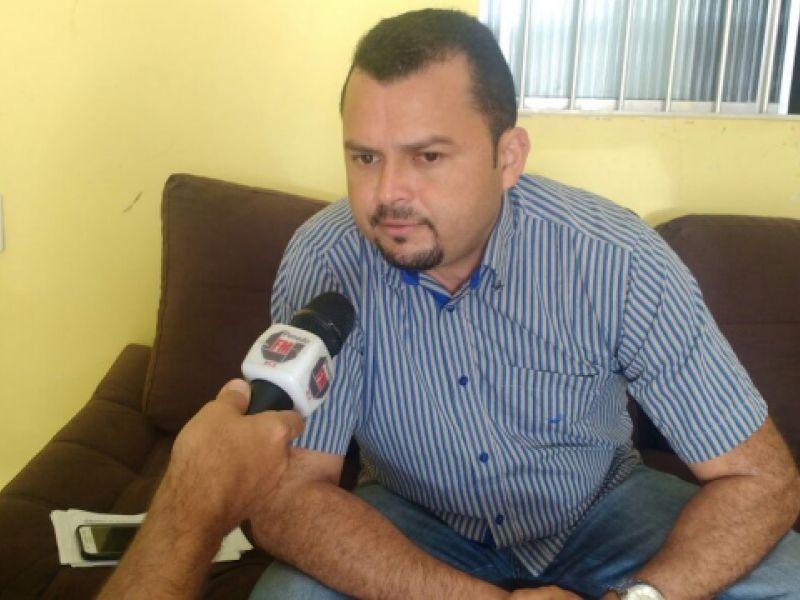 Áudio: Vereador Macaxeira fala de seu 1 ano e destaca trabalho de Pedro Madeiro e Cintya Alves