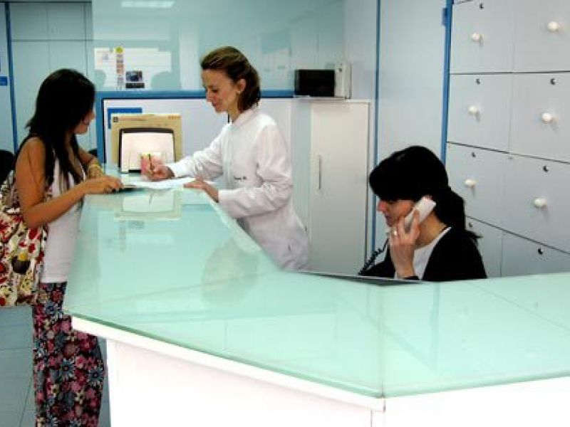 Até dia 31, empresa recebe currículo de interessados em trabalhar