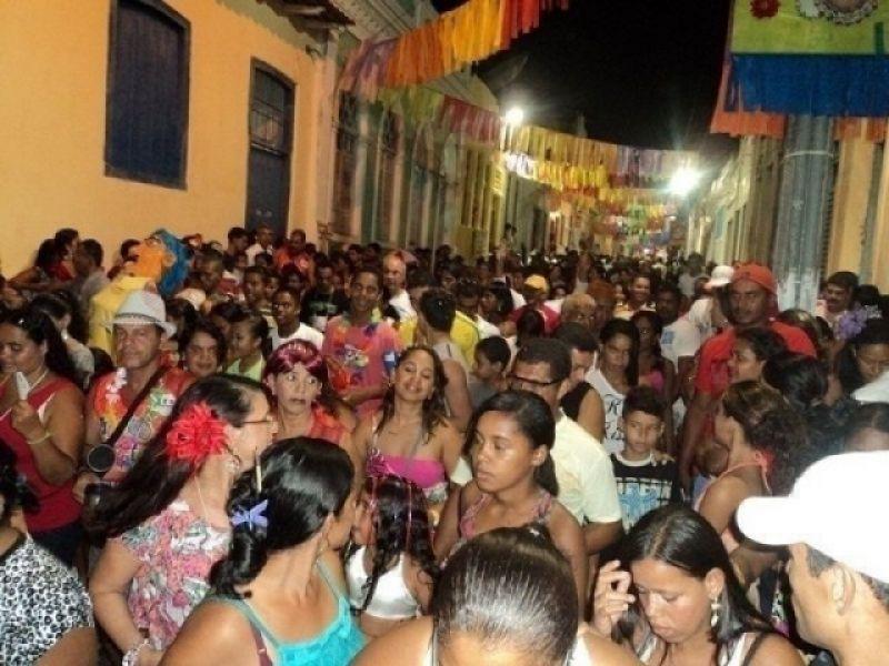 """Agenda : """"Lavagem do Rosário"""" e desfile de blocos prometem agitar carnaval em Penedo"""