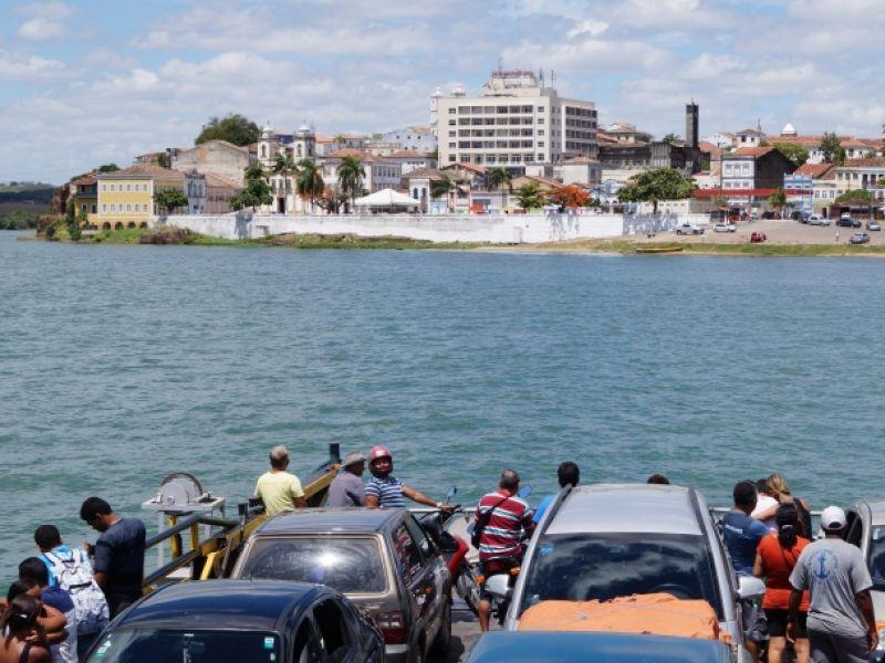 Valor da travessia de balsa entre Penedo-AL e Neópolis-SE é reajustado