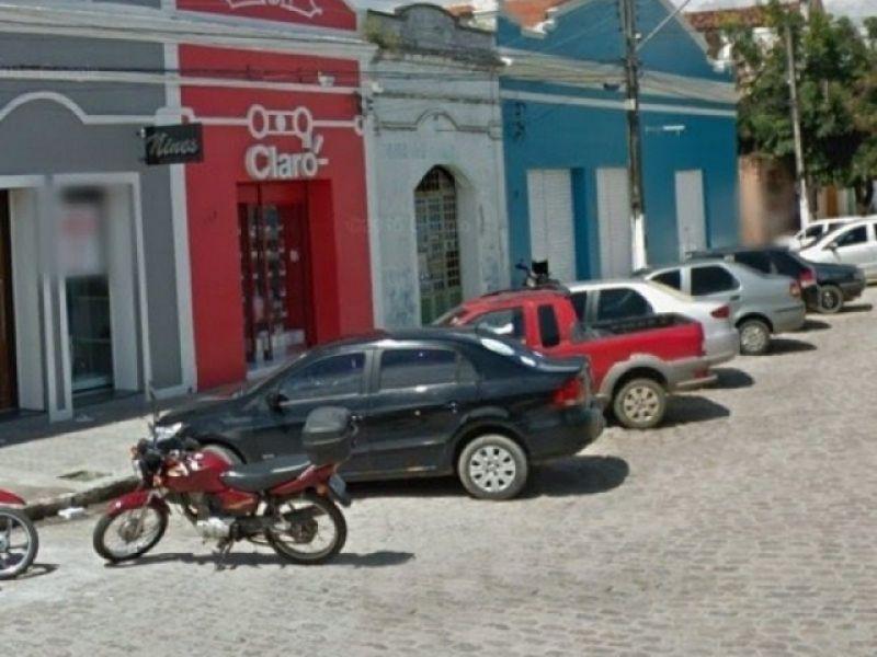 Loja autorizada da Claro localizada no Centro de Penedo é roubada mais uma vez