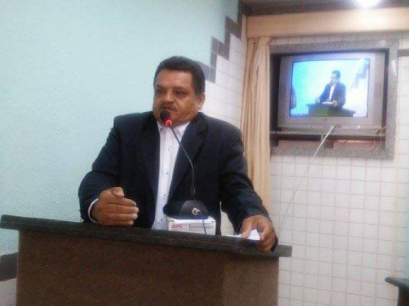 Vereador Manoel Messias requer instalação de câmeras de monitoramento nas escolas de Igreja Nova