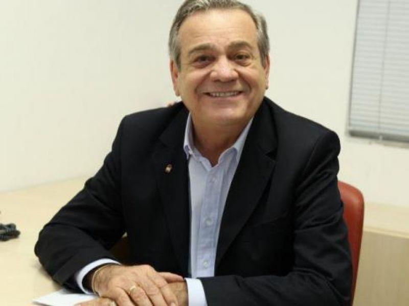Deputado Ronaldo Lessa destina mais de R$ 1 milhão para infraestrutura e unidades de saúde de Penedo