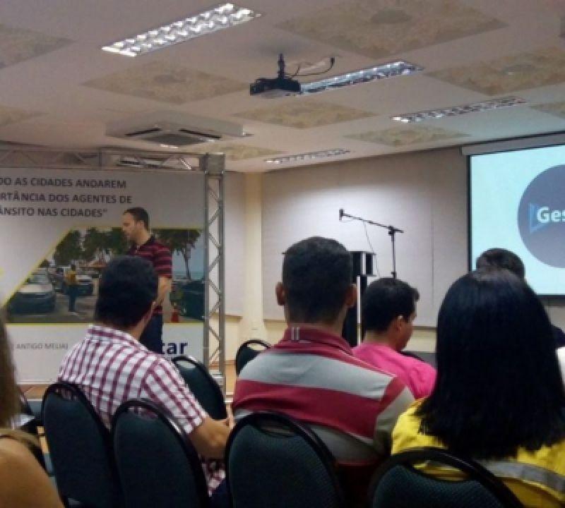 SMTT promove capacitação para agentes de trânsito em Maceió