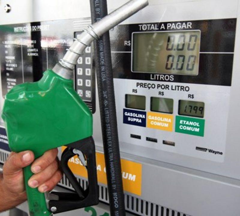 Caso greve dos caminhoneiros não termine, pode faltar combustível em postos de Penedo