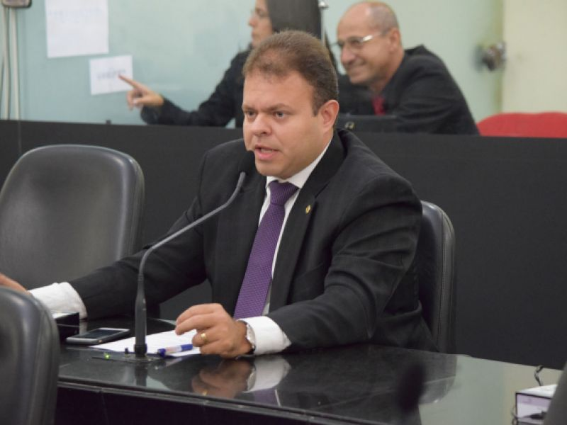 Deputado apresenta projeto de lei que cria o censo e o cadastro de inclusão em Alagoas