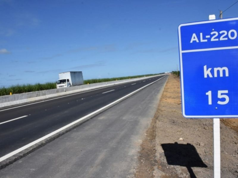 Primeiro trecho da maior obra rodoviária do Estado é entregue aos alagoanos