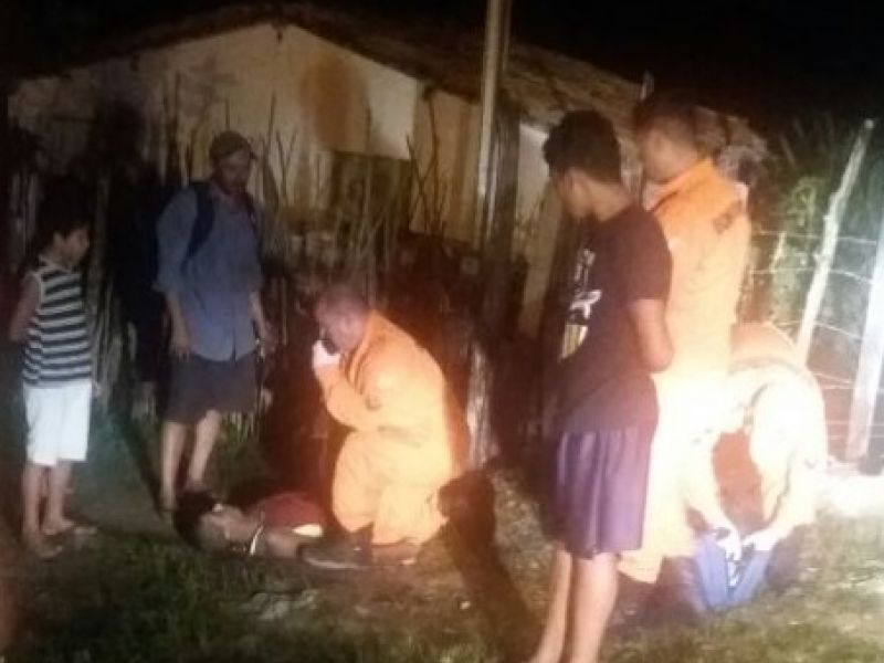 Homem é executado com golpes de faca na parte alta do município de Penedo