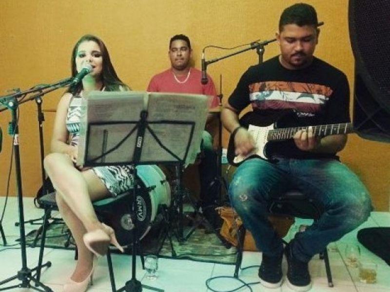 Agenda Cultural terá Thiago Pinheiro, Maxylene Cruz e Alphaville em Penedo