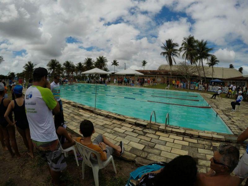 Alunas do Imaculada vencem Campeonato Alagoano de Natação em Penedo
