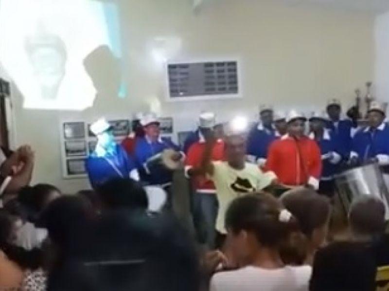 Após quase uma década de silêncio, Batucada Milionários do Samba é reativada em Penedo