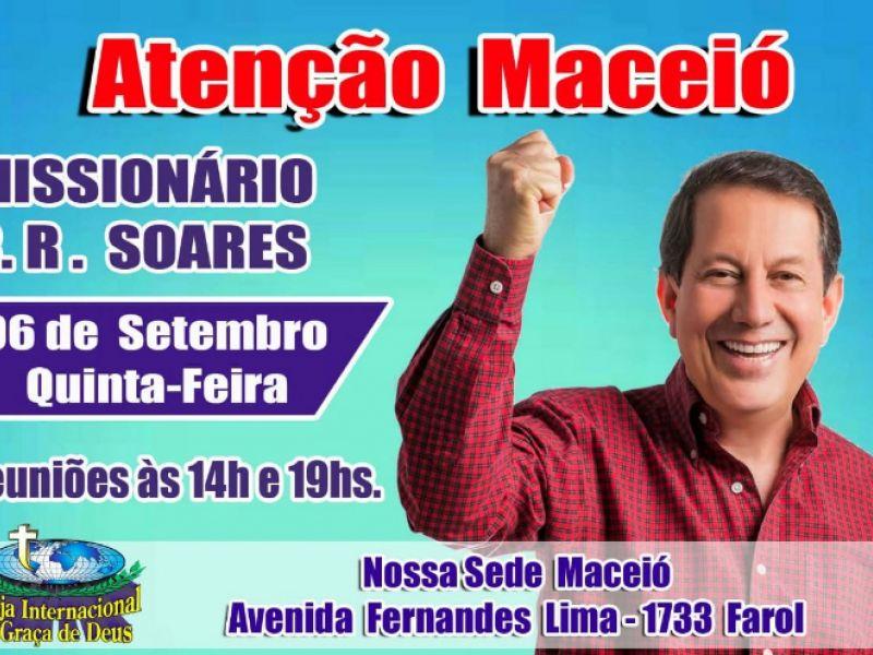 Missionário R.R. Soares ministra cura e libertação em Maceió