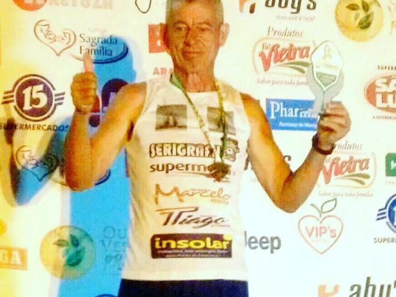 Atleta penedense de 51 anos vence corrida de 12km na cidade de Arapiraca