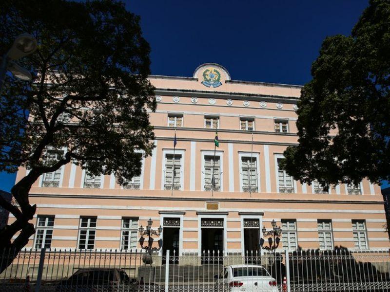 Veja quem foram os deputados federais eleitos e os estaduais mais votados em Alagoas