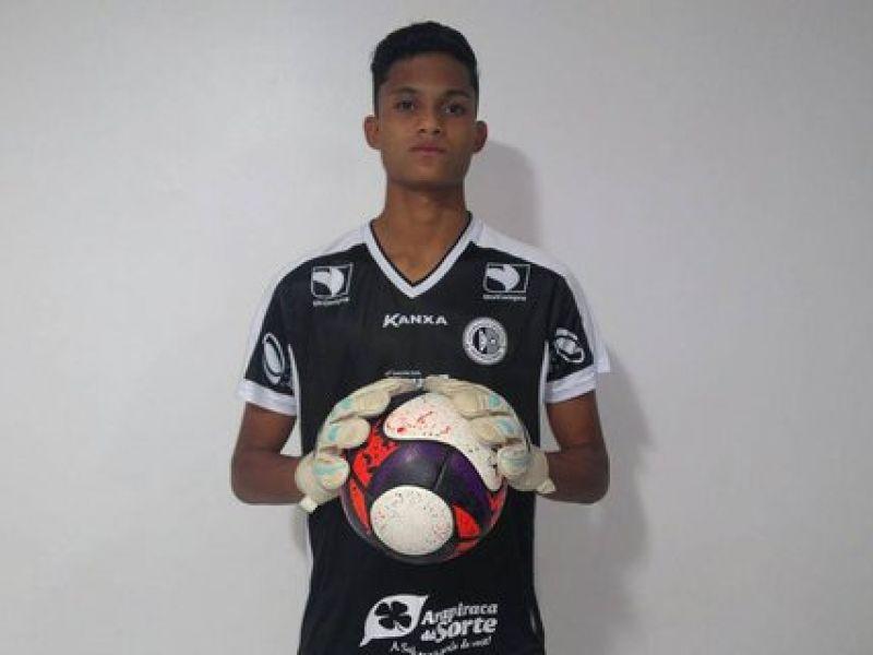 Goleiro nascido em Penedo é contratado pelo Coruripe para o Campeonato Alagoano