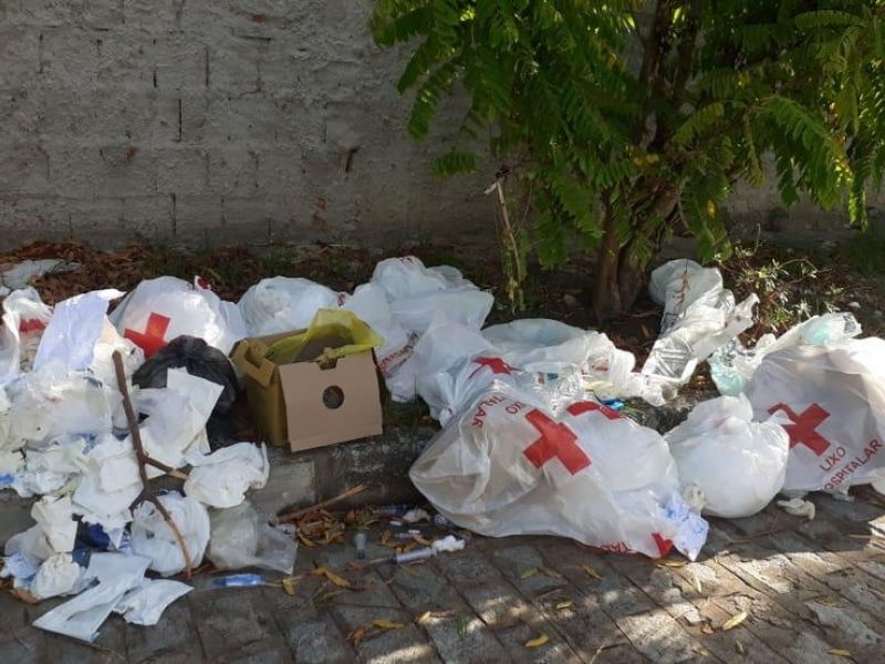 Gari encontra feto em descarte irregular de lixo hospitalar no Centro de Maceió