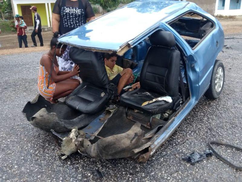 Grave acidente de trânsito deixa uma pessoa morta no povoado Alecrim, em Igreja Nova