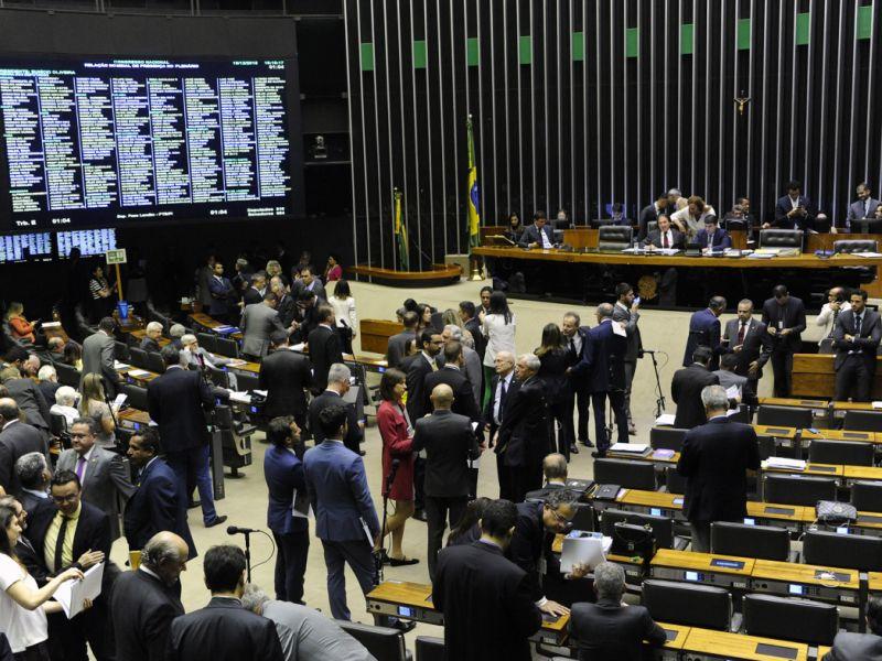 Congresso Nacional aprova Orçamento de 2019 com salário mínimo de R$ 1.006